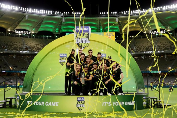 Australia defeated Pakistan